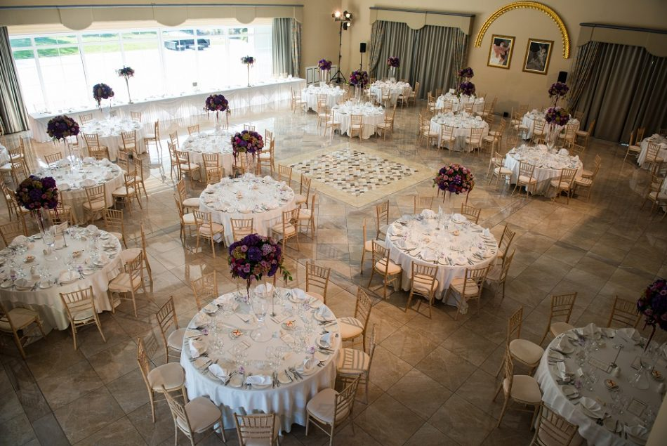 Minstrel's Hall - Sit Down Wedding - The Xara Lodge