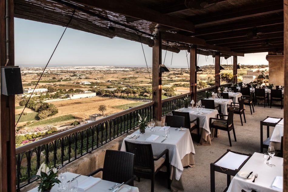 The-Demondion-Restaurant-Terrace