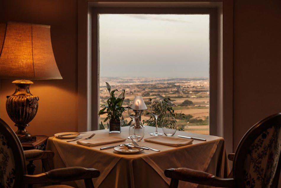 The-Demondion-Restaurant-Indoors